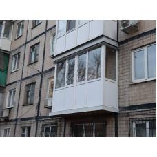 Французский балкон с обрамлением торца плиты