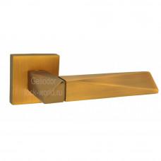 Ручка FUARO на квадратной розетке DIAMOND DM CF